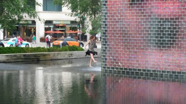 Clare splashing